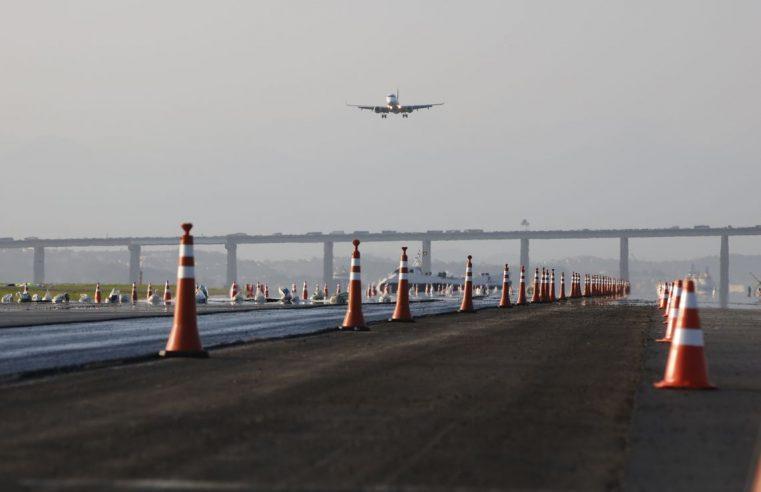 Pista principal do aeroporto  Santos Dumont reabre hoje