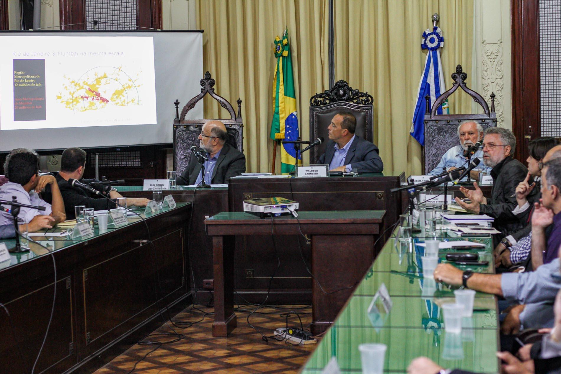 Prefeitura do Rio afirma que pistas do BRT  Transbrasil serão concluídas em dois meses