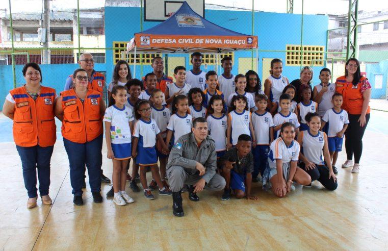 Simulado de emergência mobiliza  alunos de escola da Posse