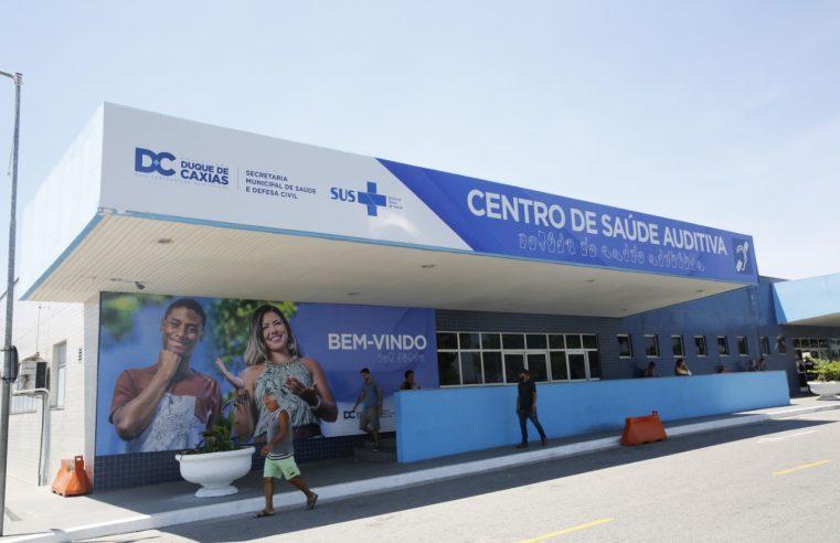 Prefeitura de Duque de Caxias  entrega mais 280 aparelhos auditivos