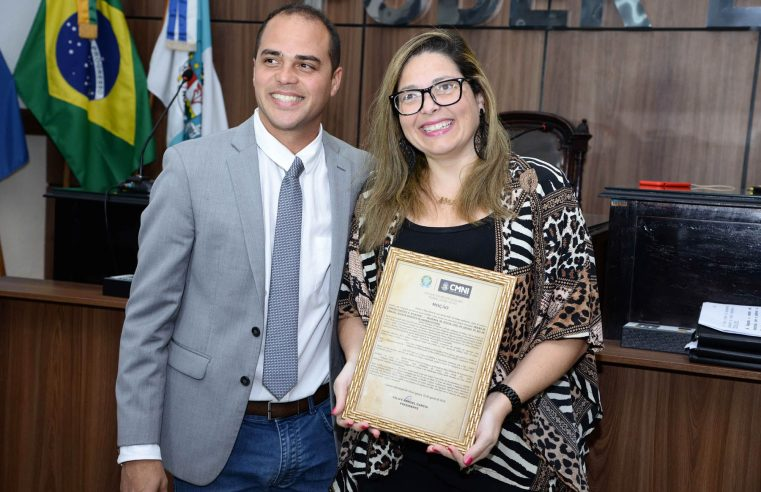 Câmara de Nova Iguaçu  homenageia personalidades