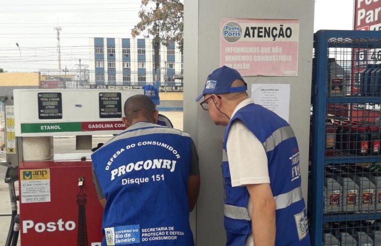 Operação Bomba Limpa  vistoria três postos de Mesquita