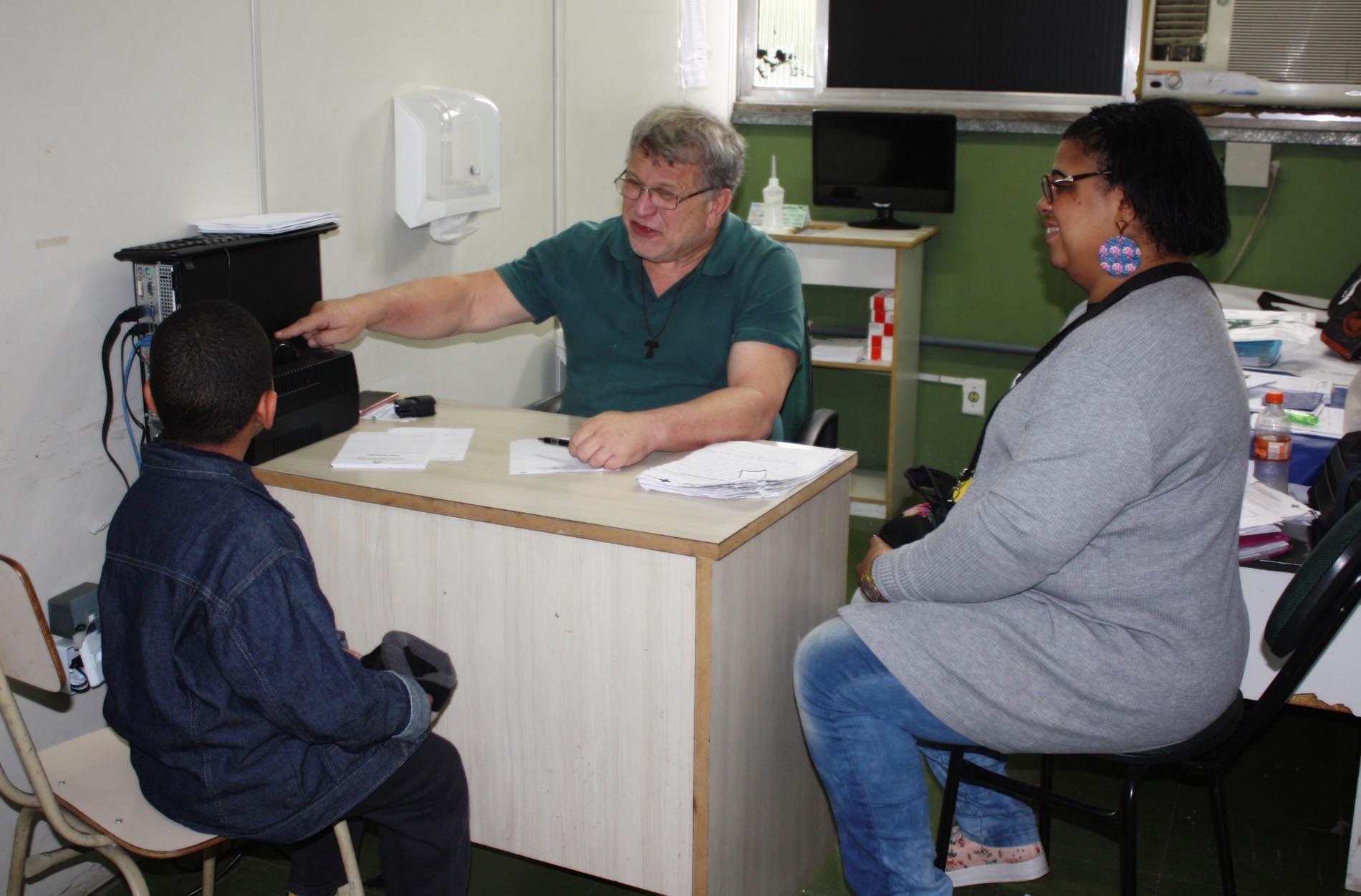 Policlínica Municipal de Mesquita atende casos de neuropediatria