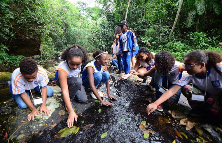 Projeto de conscientização ambiental leva  alunos da rede municipal ao Parque do Vulcão