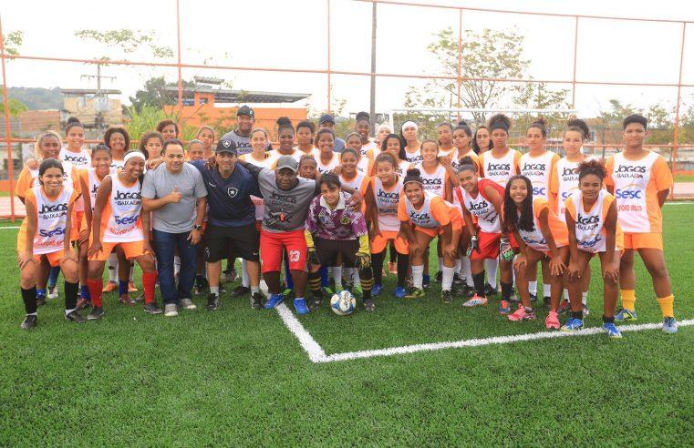 Quatro jogadoras da Vila Olímpica de Belford  Roxo reforçarão a equipe sub-18 do Botafogo
