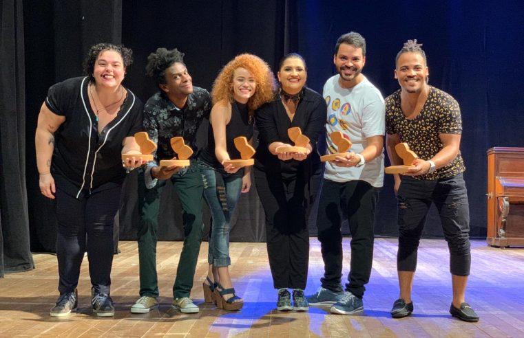 Escola teatral de Nova Iguaçu conquista prêmios em festivais
