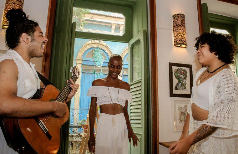 Banda Ayê se apresenta em  Nova Iguaçu neste sábado