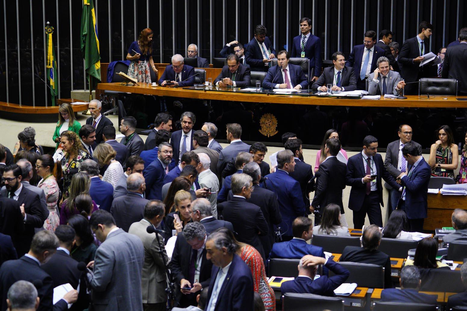 Baixada Fluminense ganha uma frente  parlamentar na Câmara dos Deputados