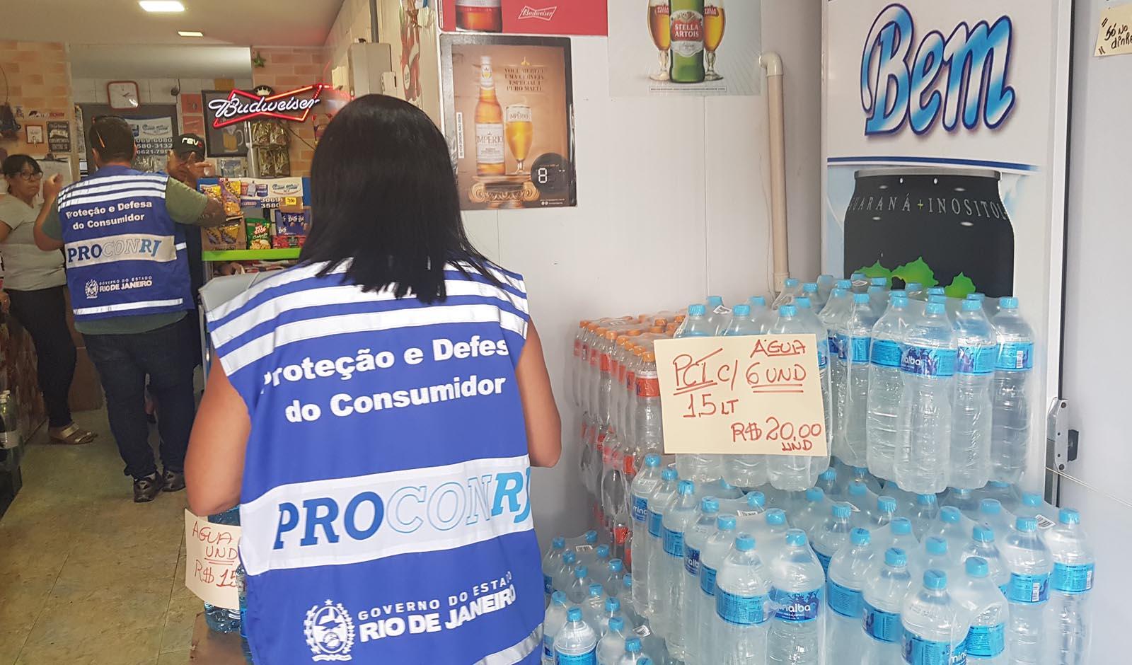 Procon-RJ apura denúncias de  preço abusivo da água mineral