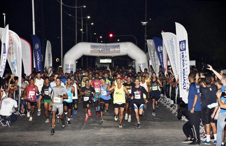 Corrida, show e atividades esportivas pelo aniversário  de Nova Iguaçu atraem cerca de 2 mil pessoas