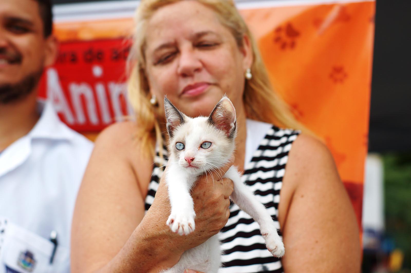 Oito animais foram adotados na primeira feira  de animais de 2020 da Prefeitura de Mesquita
