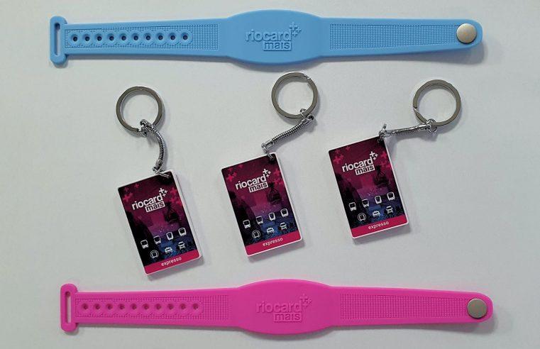 Riocard Mais lança pulseiras e chaveiros para  pagamento de passagens no transporte público