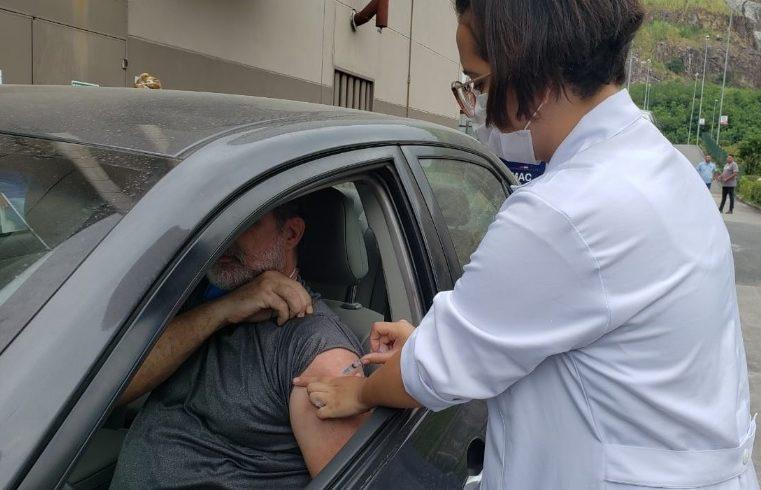 Nova Iguaçu prossegue com vacinação  contra a gripe nesta quinta-feira