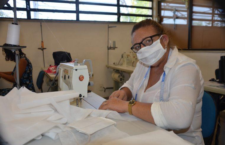 Alunos e professores da Faetec iniciam trabalho  voluntário de confecção e doação de máscaras