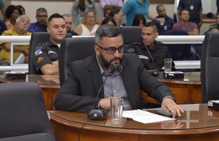 Presidente do Conselho de Educação quer que  alunos da rede municipal recebam alimentos