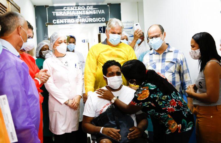 Morador de Belford Roxo é o primeiro paciente de  covid-19 a receber alta do Hospital Moacyr do Carmo