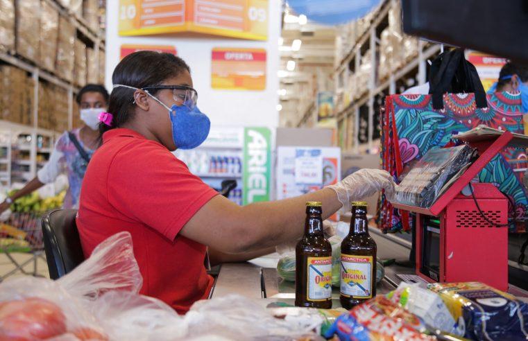 Supermercados do Rio lançam campanha  para uso de máscaras nas unidades