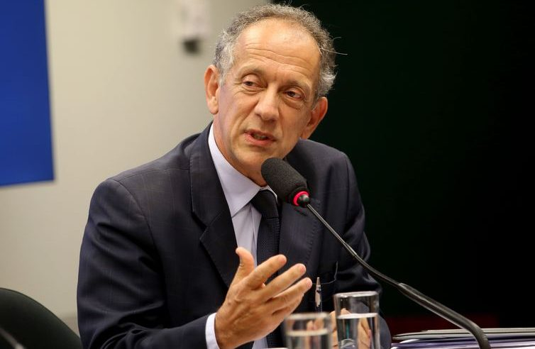 Dirigente da CBF fala de retorno de treinos no futebol brasileiro
