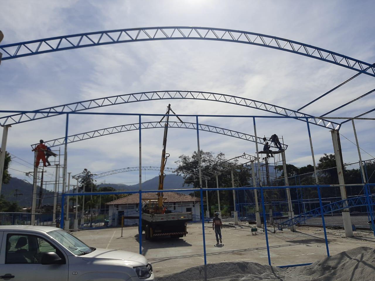 Vila Olímpica de Duque de Caxias terá  o maior campo de grama sintética do país