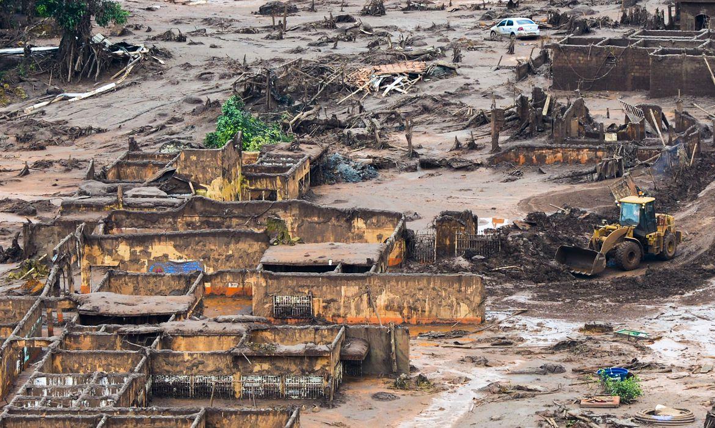 Justiça define indenização para  atingidos por desastre em Mariana