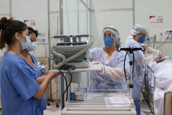 Casos de covid-19 aumentam e SUS  suspende cirurgias eletivas no Rio