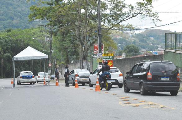 Prefeitura de Mangaratiba vai retomar bloqueios de acesso à cidade de forma permanente no mês de fevereiro