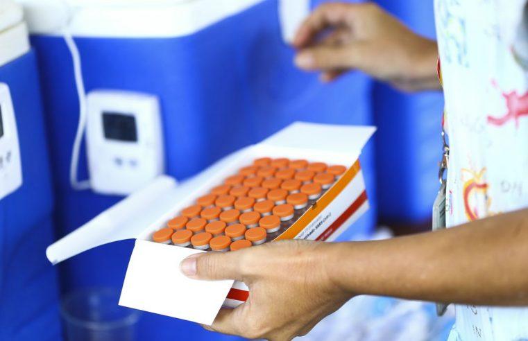 Estados e municípios podem comprar vacinas contra covid-19, decide STF