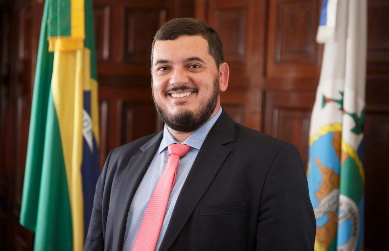 Deputado Rodrigo Bacellar assume  a Secretaria de Estado de Governo