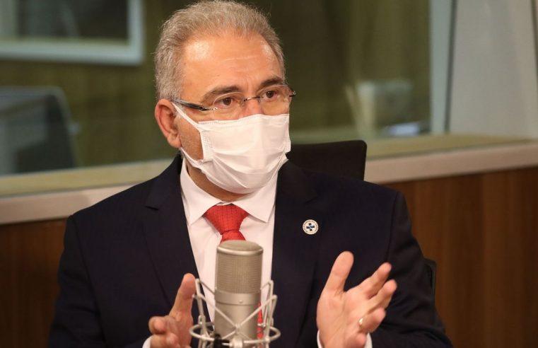População adulta deve estar 100%  vacinada até outubro, diz Queiroga
