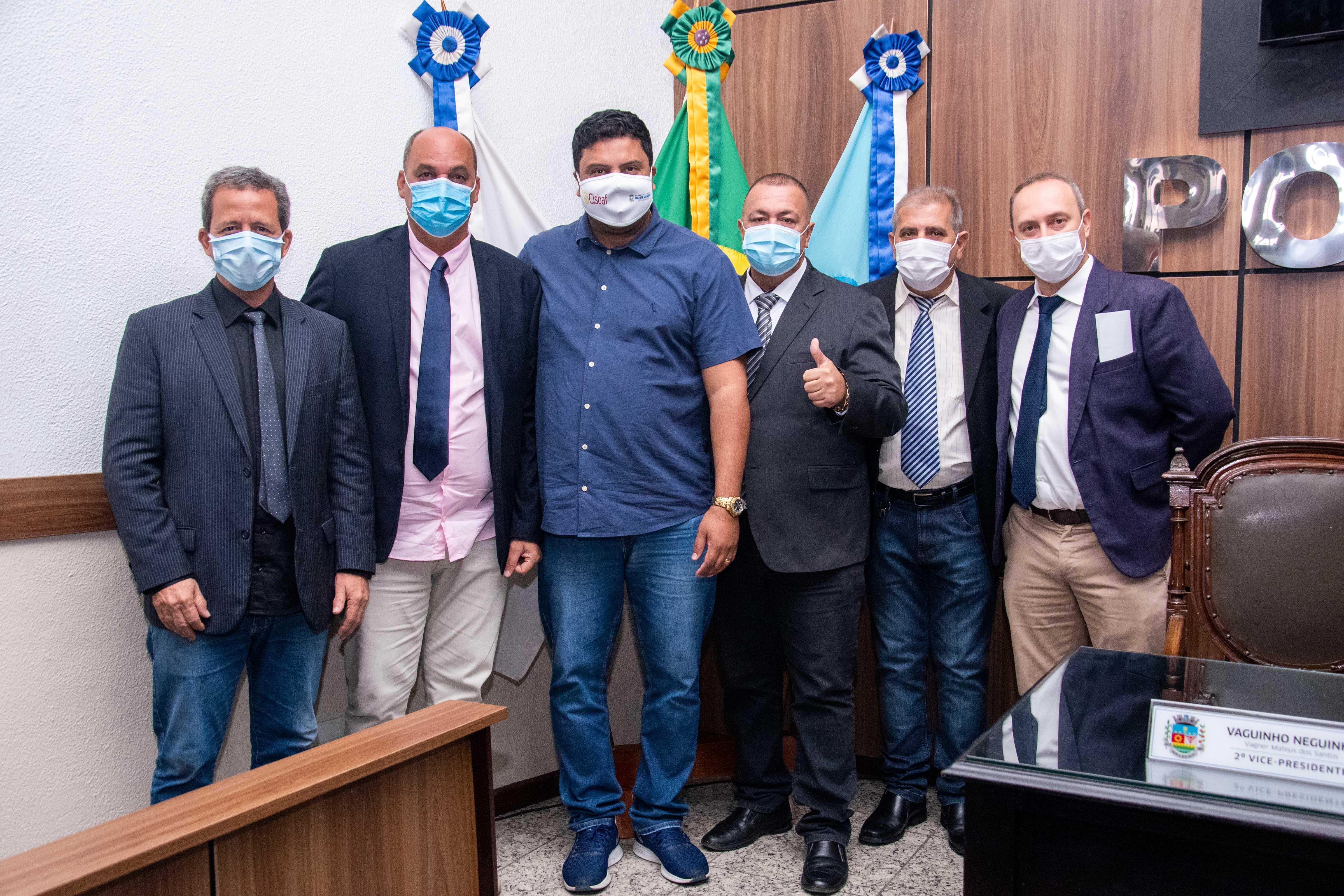 Em visita à Câmara, subsecretário estadual de Obras anuncia investimentos para Nova Iguaçu