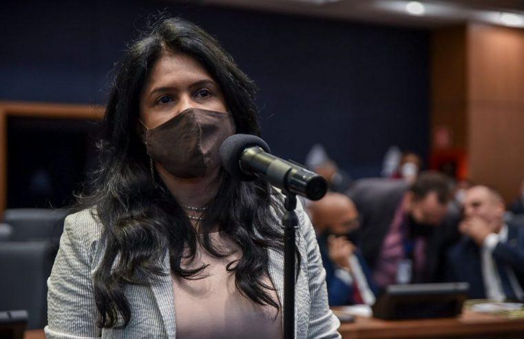 """Deputada apresenta alternativa  ao """"passaporte da vacina"""""""
