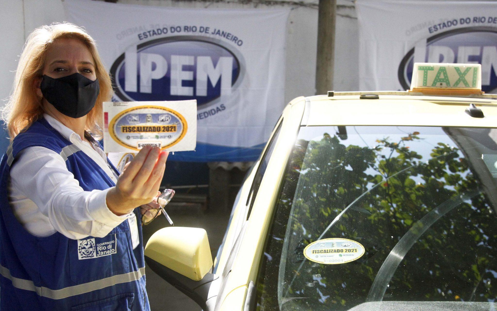 Táxis de Duque de Caxias  ganham selo do Ipem